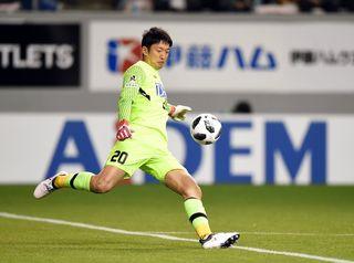 サガン権田、闘志燃やす サッカー日本代表選出
