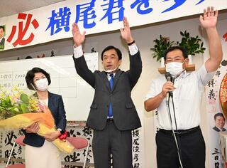 【動画】<多久市長選>横尾氏が7選、現職最多 2新人に大差、投票率過去最低47.61%