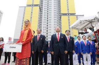 アジア大会、中朝が入村式
