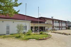 1975年に建設され、老朽化した町立基山保育園=基山町