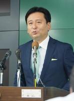 漁協が反対の姿勢を示しても、国との信頼関係の構築に向け「努力する」と述べた山口祥義知事=佐賀県庁