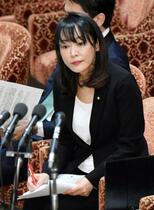 検事長の定年延長「後付け」否定