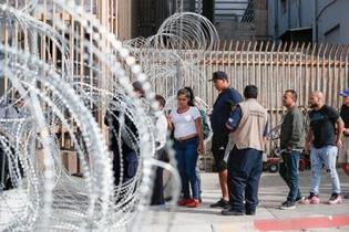 難民申請の制限違法、米連邦地裁
