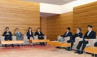 外交青書、対北で「日米連携」