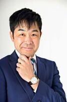 14日、唐津市で講演する直木賞作家の門井慶喜さん(文藝春秋提供)