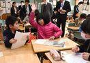 新聞に親しみ多様な学び 佐賀県NIE研修会