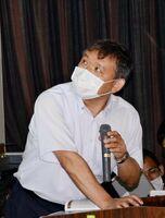白石高の生徒に水災害対策の必要性を訴える大串浩一郎教授=白石町の同校
