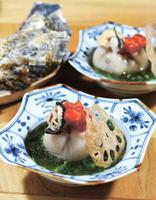 たっぷり牡蠣(かき)の簡単蓮根(れんこん)まんじゅう