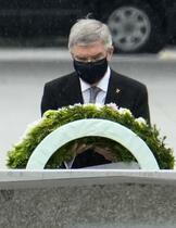 広島原爆の日、黙とう呼び掛けず