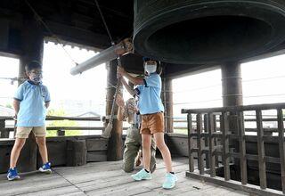 終戦記念日、平和の誓い新た 佐賀県内でも催し、祈願祭