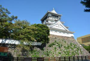 激戦となった小倉口の戦いで、小倉藩は小倉城に火を放って撤退した=北九州市小倉北区