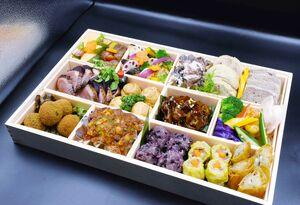 和洋中6店の自慢の逸品が楽しめるオードブル。150食限定で提供されます
