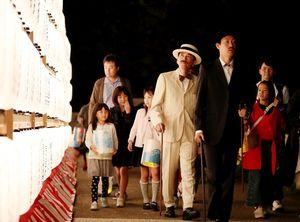 佐賀城周辺はちょうちんが灯され幻想的雰囲気に=佐賀城本丸歴史館