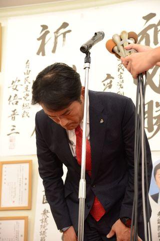 岩田氏、またも屈す 「力不足」組織機能せず