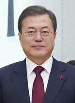 韓国の文大統領、支持率が最低に