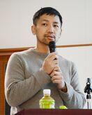 「有田焼、見せ方が大事」デザイナー柳原さん、佐賀大で講演