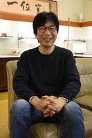 文部科学大臣賞を受賞した田中忍さん=嬉野市嬉野町の一位窯