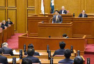 SAGAサンライズパークなどについて質疑をした佐賀県議会一般質問=県議会棟