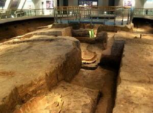 紀元前1世紀ごろに造られた 北墳丘墓のかめ棺