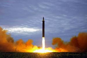 北朝鮮ミサイル日本通過