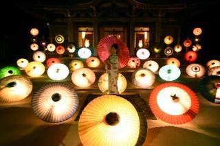 鳥取・大山寺で「大献灯」