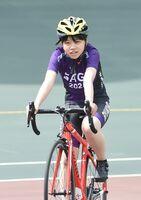 自転車女子に唯一出場した龍谷の樋口汐音=武雄市の武雄競輪場