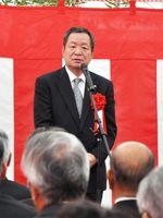 「冠婚葬祭で佐賀ナンバーワンを目指したい」と話す吉田茂視社長=佐賀市のガーデンテラス佐賀 ホテル&マリトピア