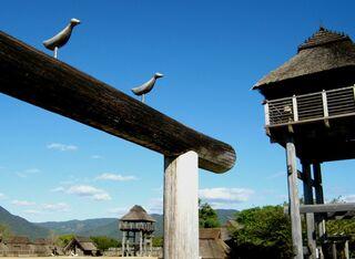 <吉野ケ里散策>悪しきものを防ぐ鳥 鳥居の源流との説も