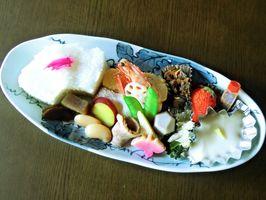 黒牟田応法地区の5窯元で味わえる陶彩弁当の一例