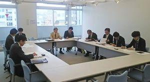 7月15日開催を決めた九州花火大会実行委員会会議=唐津市大手口センタービル