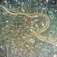 江北町八丁付近の航空写真 大きく蛇行していた六角川のショートカットの様子がわかる・メール