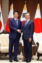 日韓首脳、北朝鮮非核化へ連携