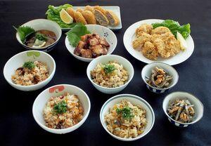 レンジなどで解凍して簡単に食べられる「唐津めしんしゃー漁師飯」
