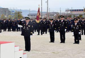 地域防災の要として決意を新たにした佐賀市消防団の出初め式=佐賀市民運動広場