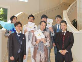 コンテスト「ザ・オシメン」の出場者=佐賀市のガーデンテラス佐賀