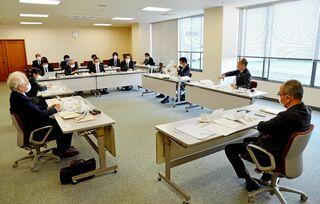 感染者情報、必要性を議論 佐賀新聞「報道と読者委員会」本年度第1回会合
