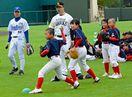 プロ野球OB、小中学生150人にコツ伝授