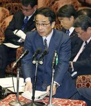 中江元秘書官、調査変更を提案