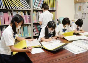 【新型コロナ】県立高校求人数2割減