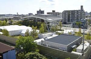 慰霊施設「祈りの杜」として整備された尼崎JR脱線事故現場=4月、兵庫県尼崎市