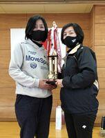 第72回ミニバレーボール交流会女子Bで優勝したインフィニティA