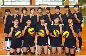 地区の新人戦で上位を目指す唐津一中女子バレーボール部