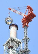 旧唐津発電所、煙突解体工事が本格…