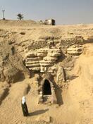 エジプトでローマ期集団墓地発見