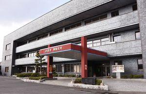 新庁舎建設に伴い、神埼町保健センターと佐賀県東部農林事務所が入るJAさが神埼地区中央支所=神埼市神埼町鶴