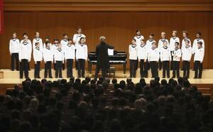 ウィーン少年合唱団の公演=2019年6月、東京都新宿区