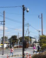 佐賀城本丸歴史館の入り口付近に設置された防犯カメラ=佐賀市城内