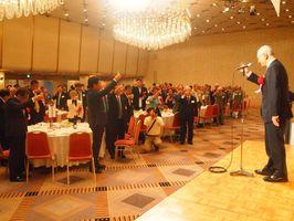 首都圏在住の佐賀県出身者ら約250人が親睦を深めた東京佐賀県人会大会=東京・飯田橋のホテルグランドパレス