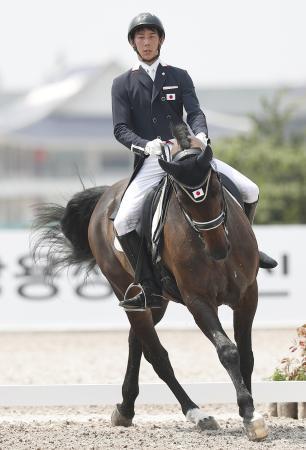 馬場馬術団体の日本が金