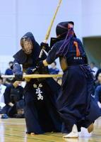 剣道女子団体=佐賀市の諸富文化体育館ハートフル